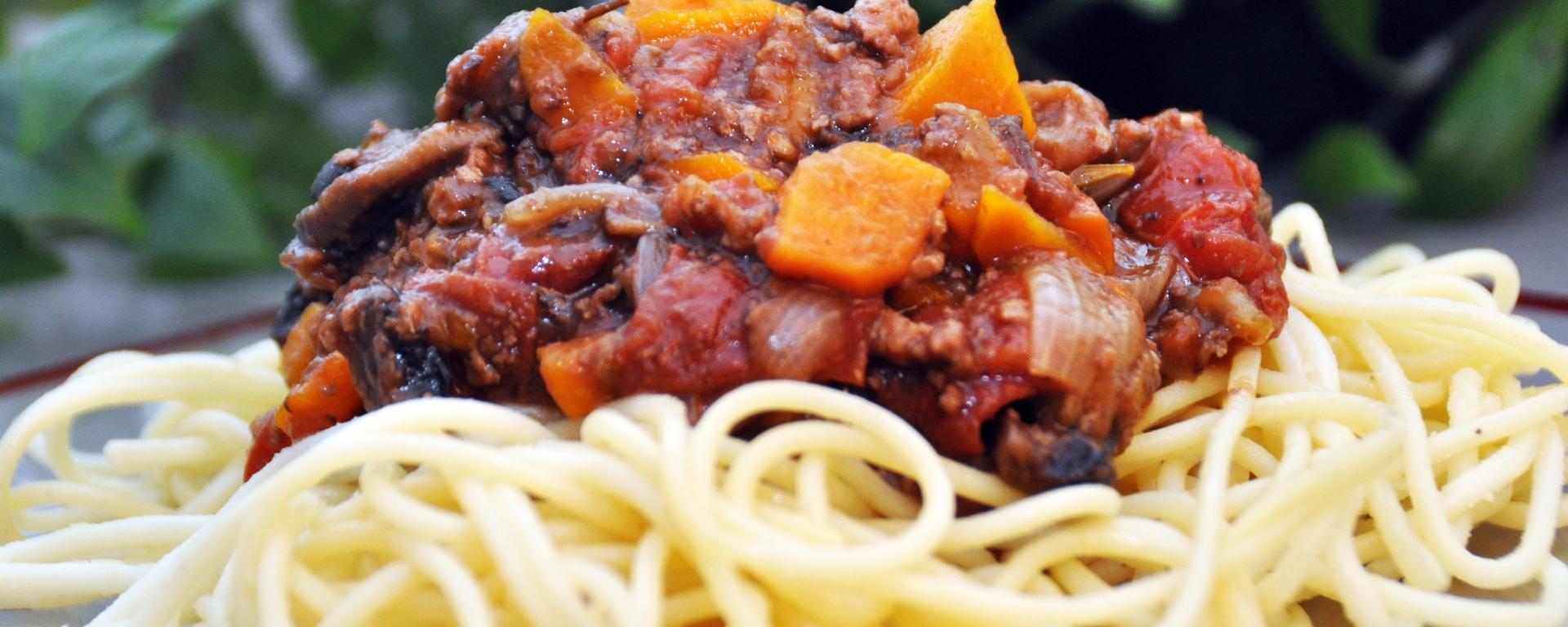 Spaghettis bolognaise la-table-de-liz