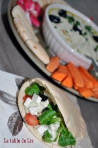 Aubergines au tahin (Baba Ghanoush) en sandwich Pita
