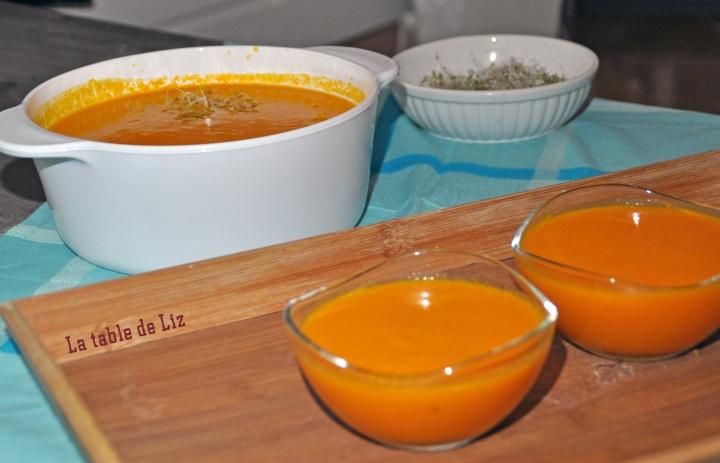 Velouté potiron carottes et gingenmbre, recette végétarienne de La Table de Liz