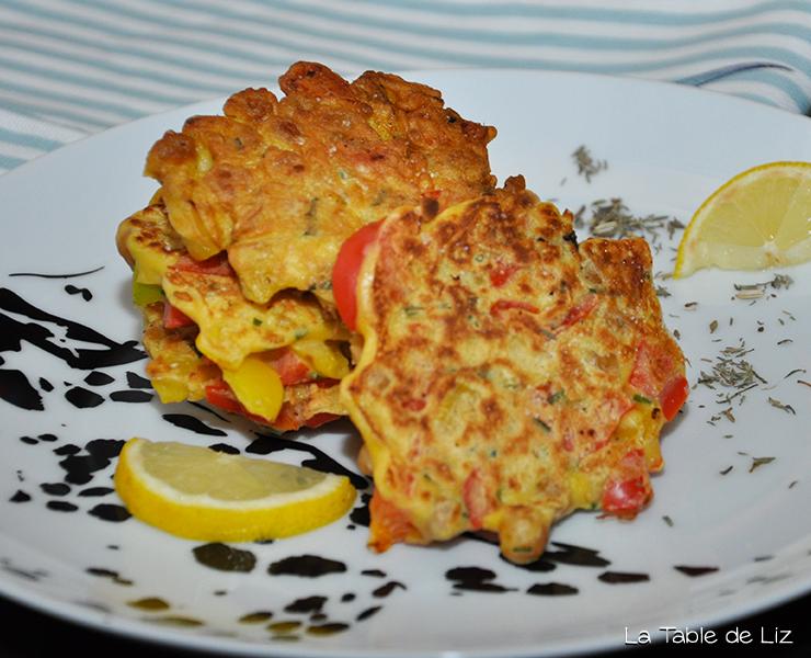 MINI GALETTES POIVRONS POIS CHICHES recette végétarienne de la Table de Liz